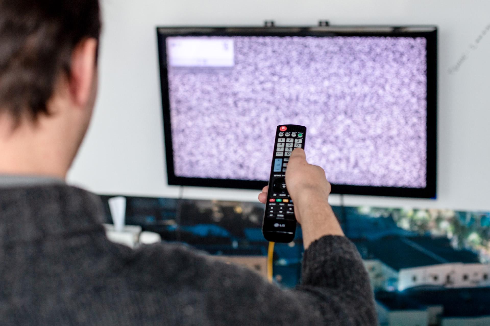 Что делать если телевизор не показывает